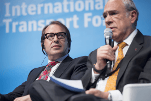 21 May 2014 - Alexander Dobrindt, Federal Minister of Transport and Digital Infrastructure, Germany, and Angel Gurria, OECD Secretary-General at the 2014 Annual Summit of the International Transport Forum