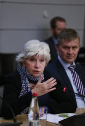 "Photo of Laurence Tubiana and Erik Solheim from the OECD breakfast event ""Green Finance for Climate Action"", 1 April 2015, in the context of the OECD Global Forum on Development 2015."