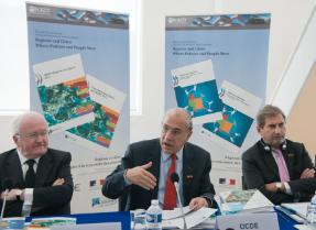 Photo of OECD publication launch at TDPC Ministerial which took place in Marseille on 5-6 December 2013.