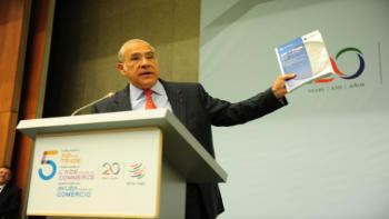 OECD SG Angel Gurria presenting Aid for Trade at a Glance 2015